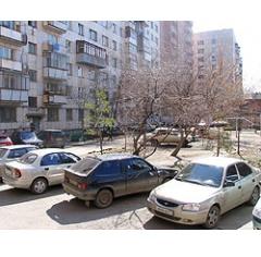 Обращение в блог губернатора Михаила Юревича послужило толчком для проверки дворовых парковок в Курчатовском районе Челябинска, сообщили в пресс-службе областного главы.