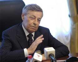 Завтра в 10.00 Петр Сумин проведет аппаратное совещание с главами городов и районов