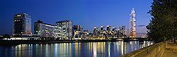 Через год в Лондоне начнутся продажи квартир в самом высоком жилом здании британской столицы - 50-этажной 180-метровой башне St George Wharf на южном берегу Темзы