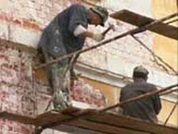 Сегодня Петр Сумин обсудил с главами городов и районов ход реализации областной программы «Капитальный ремонт многоквартирных домов»