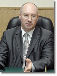 Сегодня первый заместитель губернатора Челябинской области Владимир Дятлов посетит с рабочим визитом Златоуст, сообщает пресс-служба губернатора