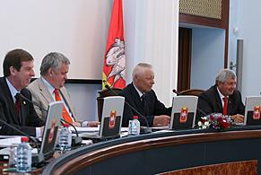3,5 миллиарда рублей из дополнительных доходов области будет направлено на решение важнейших социальных задач