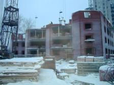Строительные компании Екатеринбурга пригрозили правительству срывом национального жилищного проекта на Урале и выставили претензии к городской администрации на 1,5 миллиарда рублей.