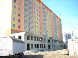 Производственно-строительная компания «Sимвол» начала продажу нежилых помещений, расположенных на первом этаже 10-этажного панельного жилого дома